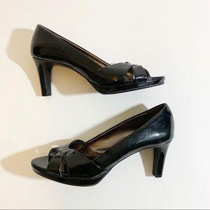 Etienne Aigner Black Patent Platform Heels SZ 8.5